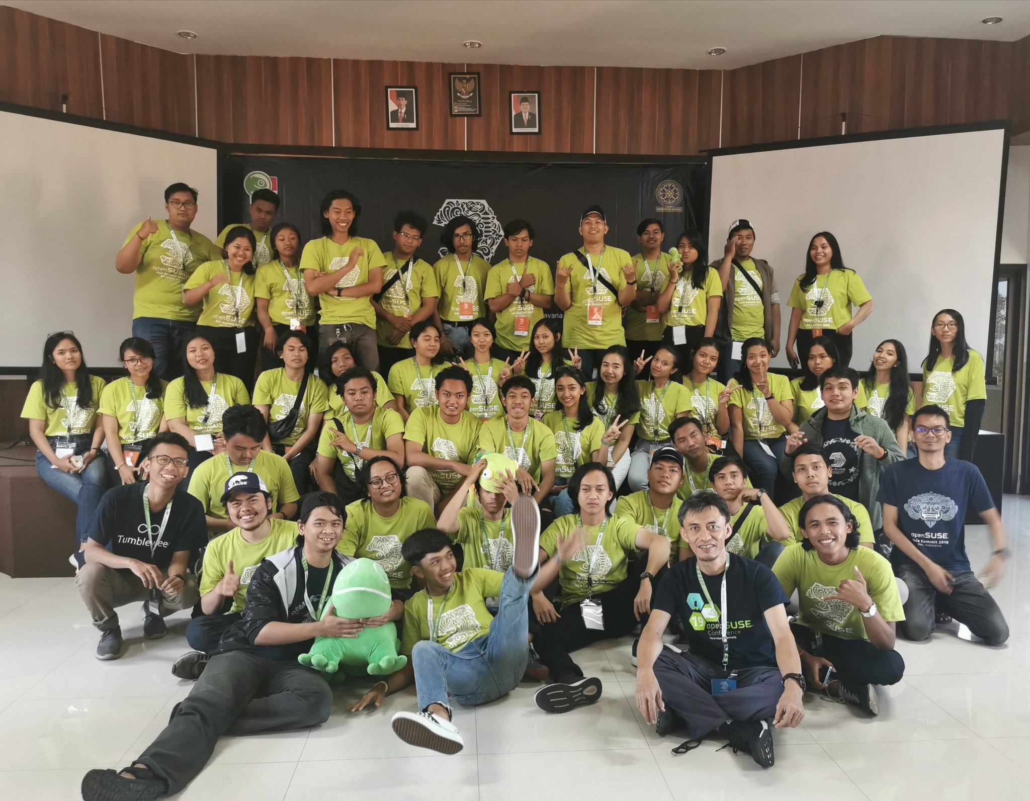 Sixth openSUSE.Asia Summit Concludes